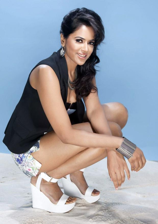 Sameera Reddy Hot sexy latest Photoshoot