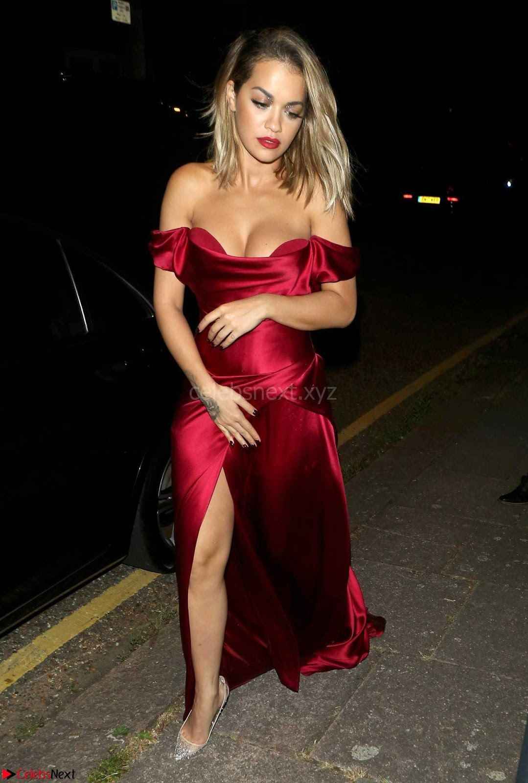 Rita Ora in upskirt downblouse WOW sexy Huge Globes tits falling down