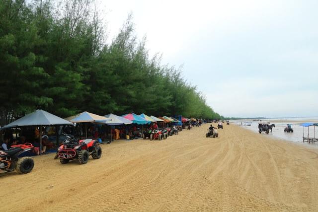 Pantai Karang Jahe, Rembang - Foto www.nurrochma.com