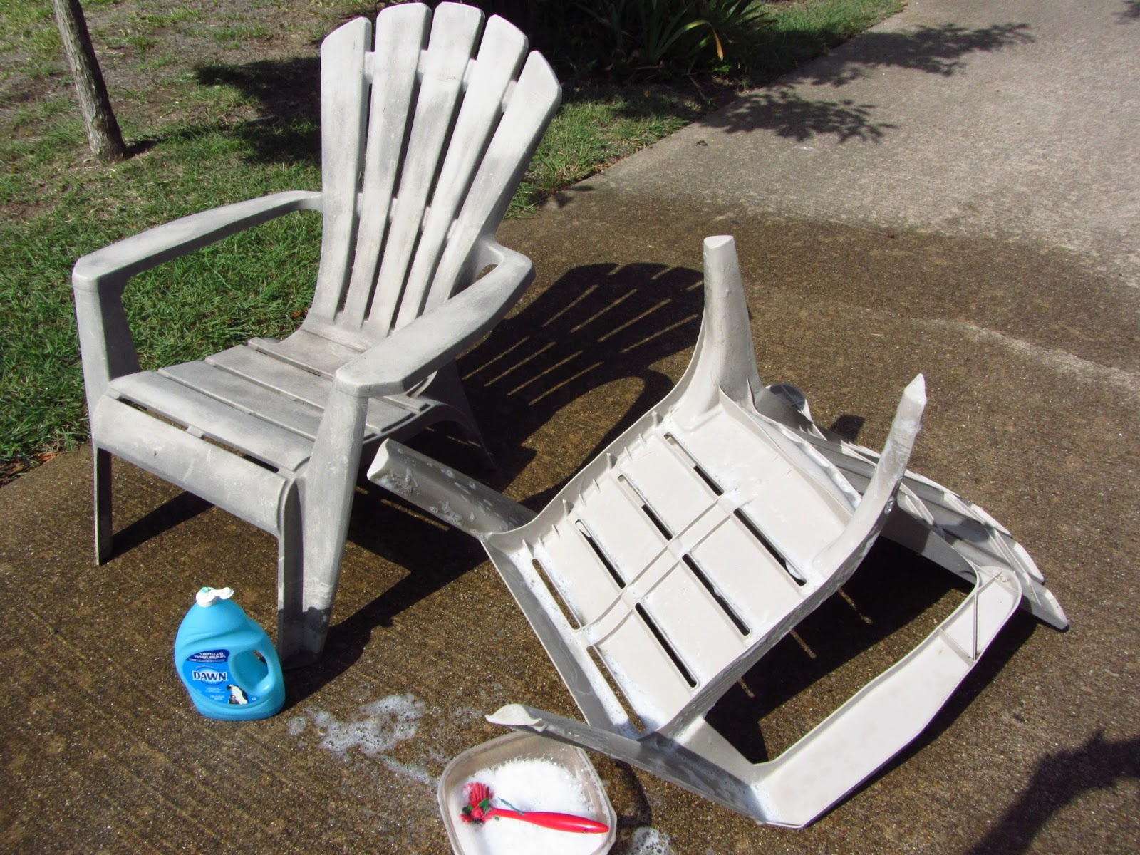 How To Paint Plastic Chairs Plus Size Office Uk So Wonderfully Complex Painting Outdoor