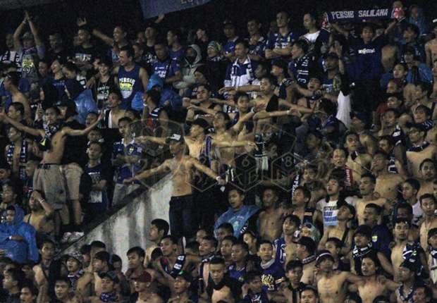 Akibat Bobotoh, Persib Bandung Kena Denda Rp45 Juta dan larangan memakai atribut
