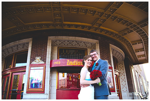 wedding photo at Indiana Theatre