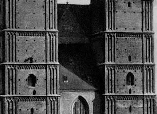 Postkarte der Münchener Frauenkirche um 1920 - Detail