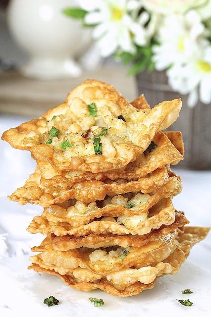 Shrimp Wonton Chips