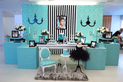http://www.farolitadecoracoes.blogspot.com.br/search/label/Tiffany