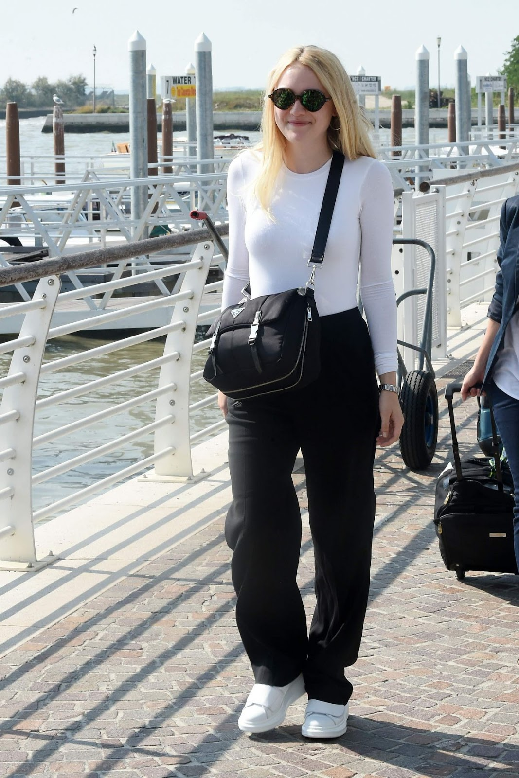 Dakota Fanning with Sunglasses Out And About In Venice
