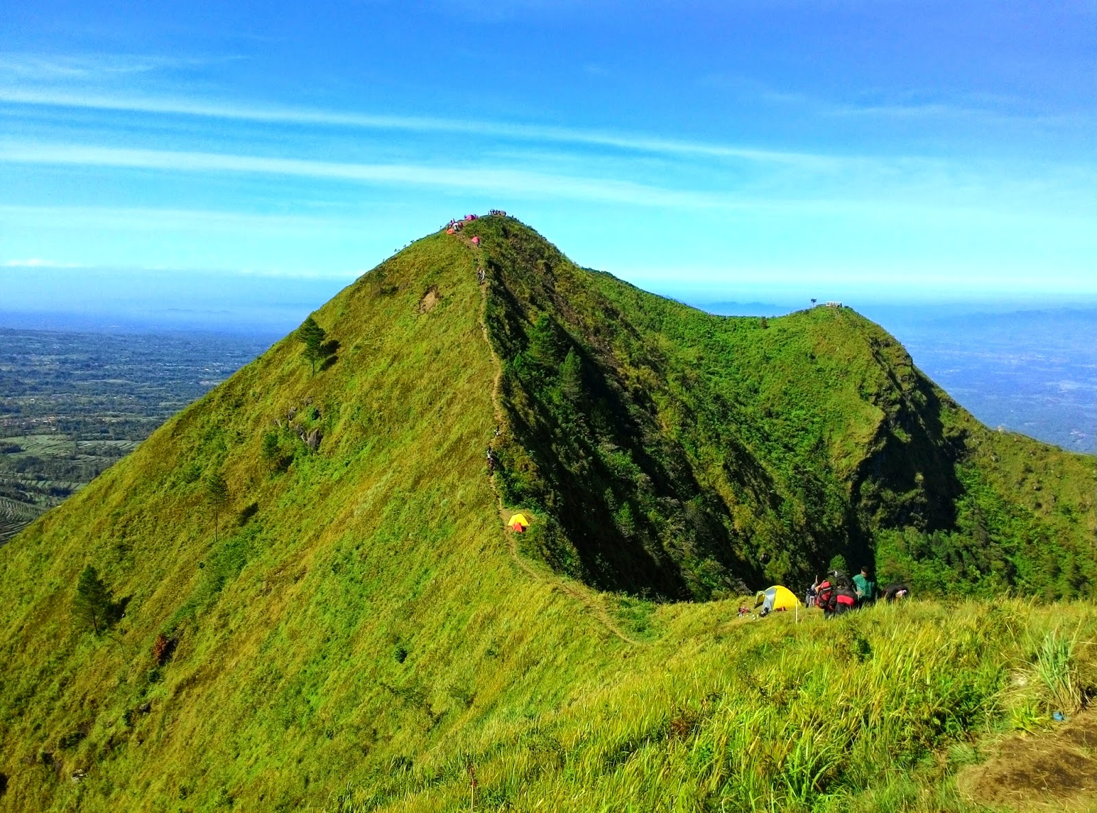 Gunung Andong (manusialembah.blogspot.com)