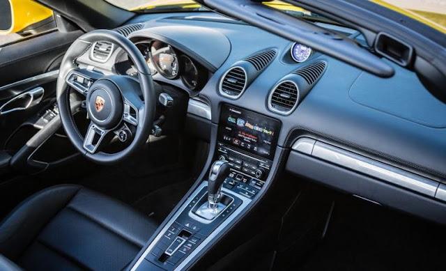 2017 Porsche 718 Boxster PDK Automatic Interior
