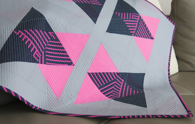 Luna Lovequilts - Finished quilt - Kona solid fabrics in Sassy Pink, Indigo and Overcast