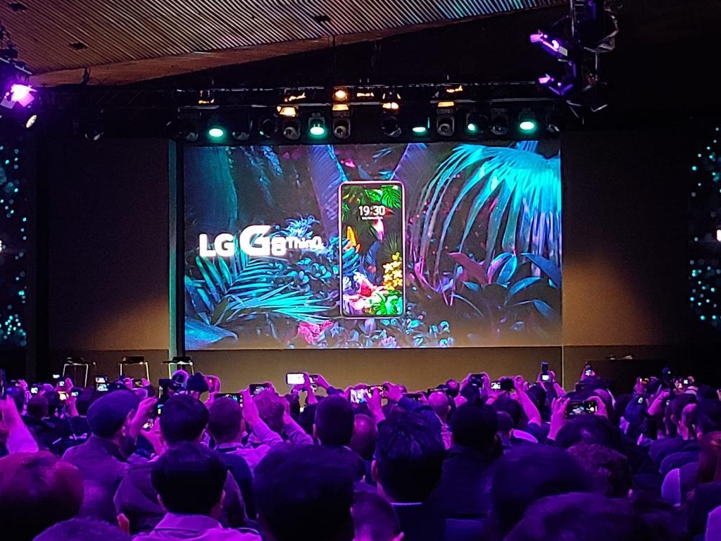 Nuovi LG G8 ThinQ e G8s ThinQ: gli smartphone controllati con i gesti | Video
