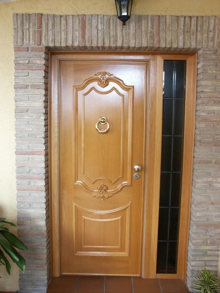 Puertas de madera puertas de madera exteriores for Madera para puertas