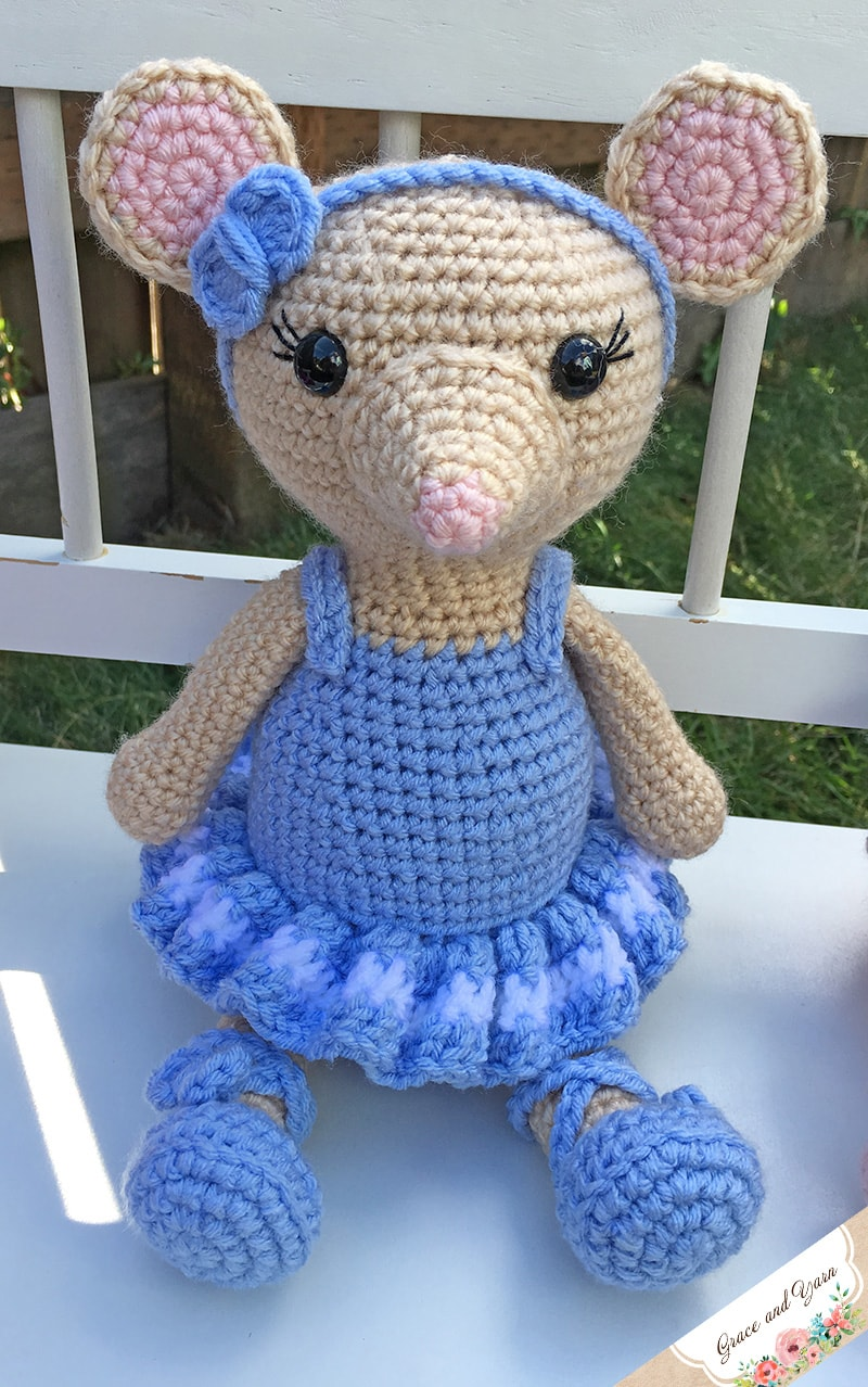 Amigurumi Catnip Mouse Free Pattern and Video | 1278x800