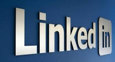 عن خدمة البث المباشر Linked in Live شركة لينكدإن Linked in و هي الشبكة الإجتماعية المختصة في التشبيك بين المؤسسات و الباحثين عن عمل