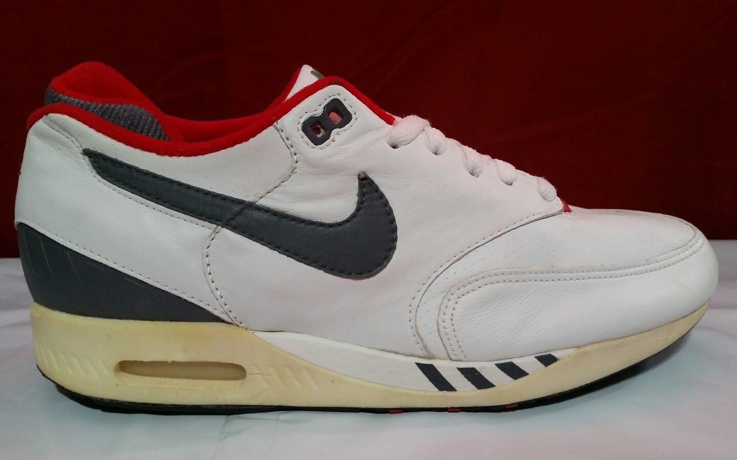 outlet store 36a09 7a801 Nike Air Walker Max