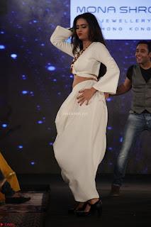 Meenakshi Dixit Walks the Ramp At Designer Nidhi Munim Summer Collection Fashion Week (1).JPG