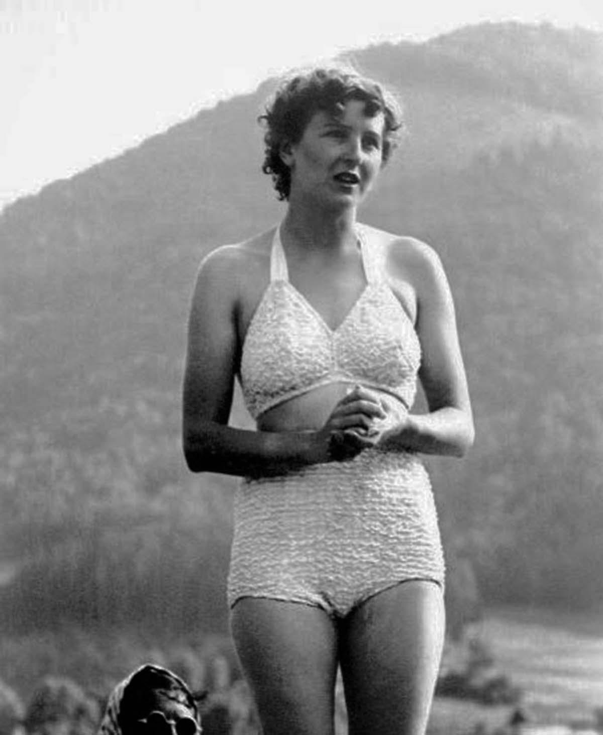 Eva Braun after a swim.