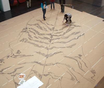 إبداع الفن التشكيلي سجادة من السجائر xubing-tobacco-rug-9