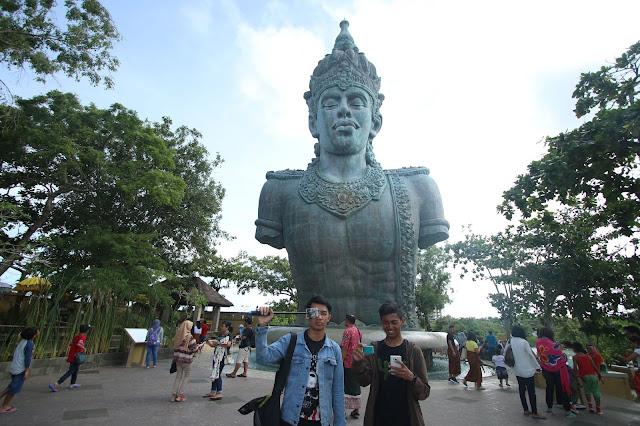 patung GWK