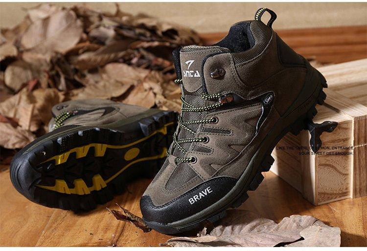 Banyak pendaki yang memilih menggunakan merk ini karena harga yang  ditawarkan relatif lebih murah daripada merk lokal lain seperti Rei 1043c29ba9