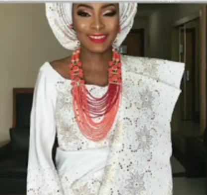 Super woman! Nigerian makeup artist goes into labour while attending to a bride but made sure she finished the job before being taken to hospital