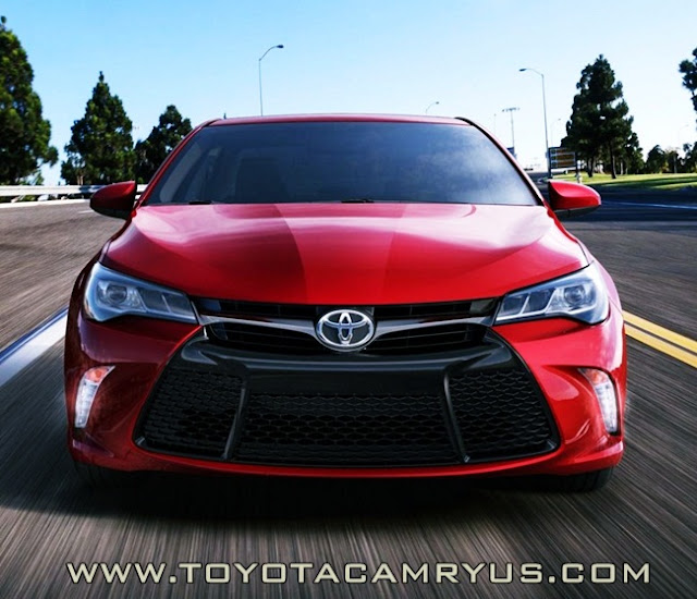 2016 Toyota Camry XSE V6 Hybrid Review Canada