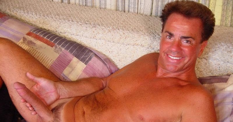 Nextdoorstudios daddy u no im straight but i need u right now