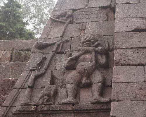 www.tinuku.com Design Mystical and Erotic Sacred Building Sukuh Temple in Central Java
