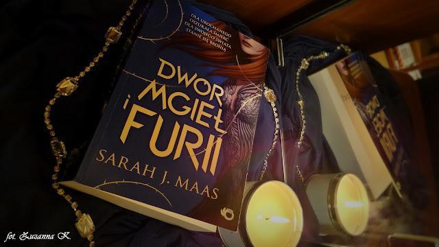 """Powieść doskonała: """"Dwór mgieł i furii"""" Sarah J. Maas [Dwór cierni i róż #2]"""