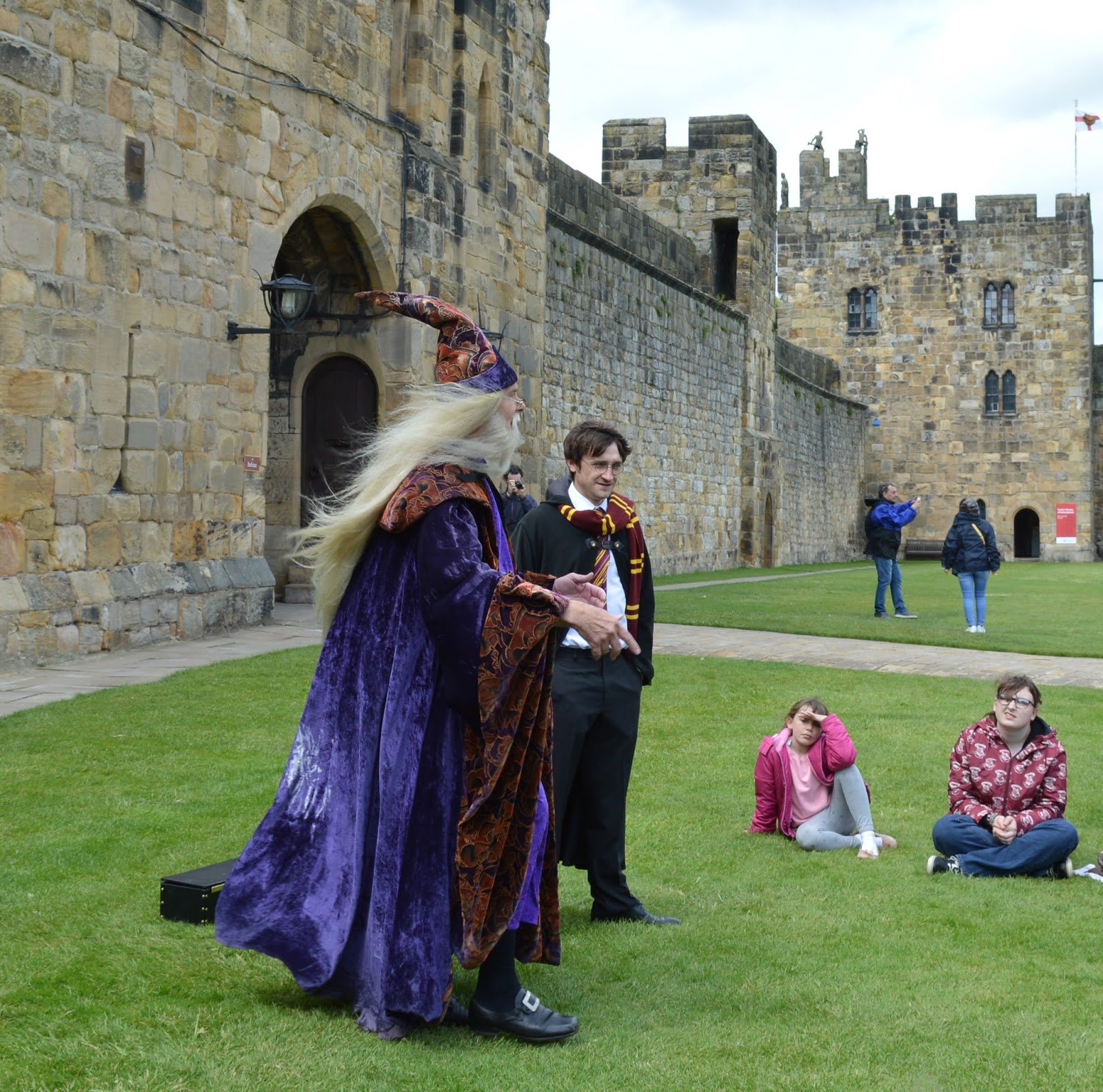 Alnwick Castle | Harry Potter Broomstick Training | Dumbledore and Harry Potter Characters