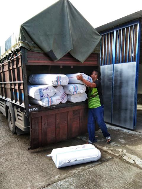 Sewa Truk Padang, Ekspedisi Padang, Sewa Truk Padang Jakarta, Ekspedisi Padang Jakarta