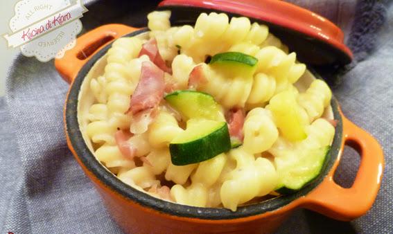 Riccette risottate con speck, zucchine e Casera
