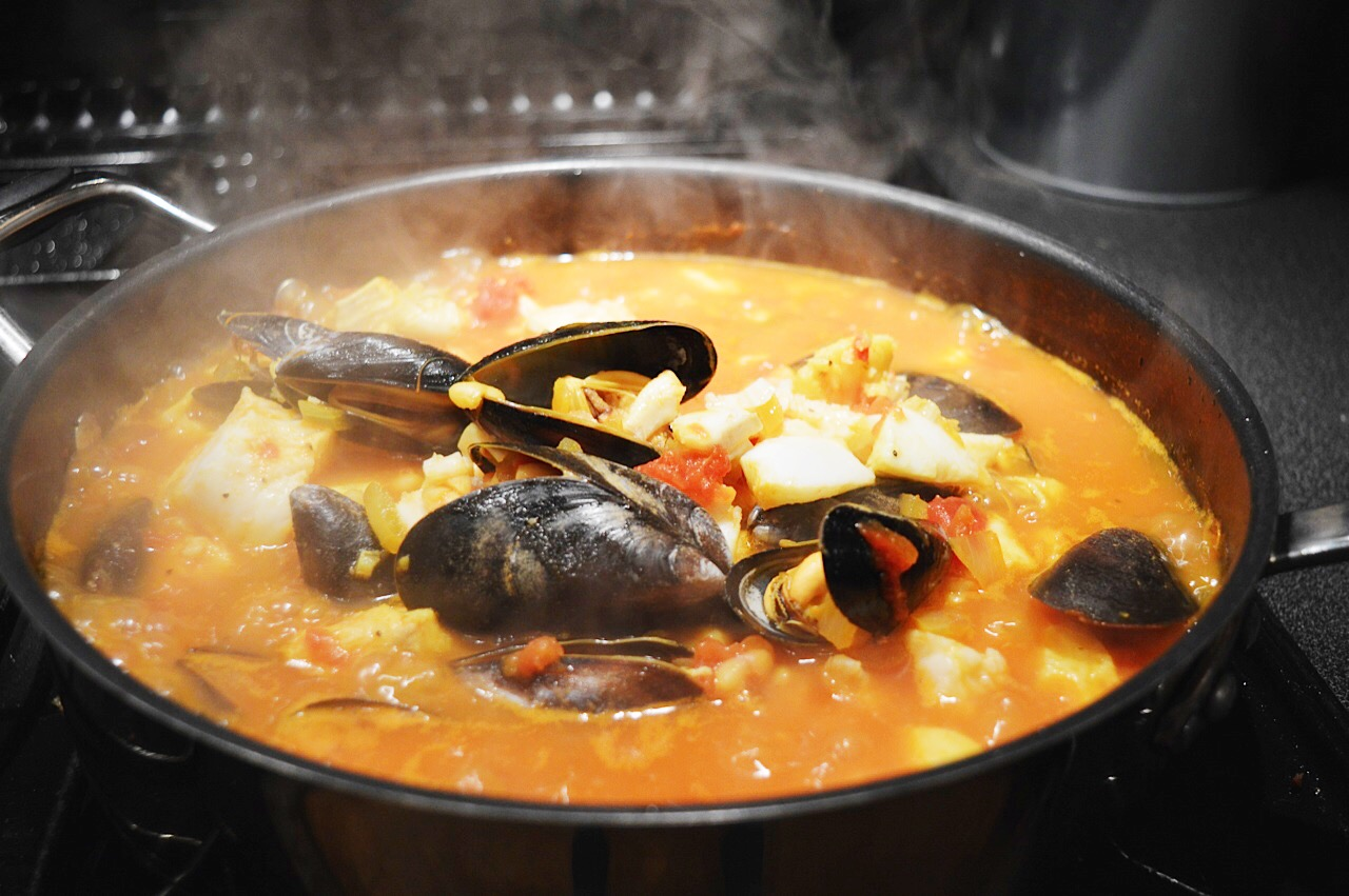 Seafood and saffron stew recipe, food bloggers, lifestyle bloggers, FashionFake