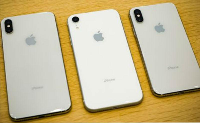 "<img src=""iPhone.jpg"" alt=""iPhone XS MAX vs iPhone XS Vs iPhone XR And iPhone X Specification And Price"">"