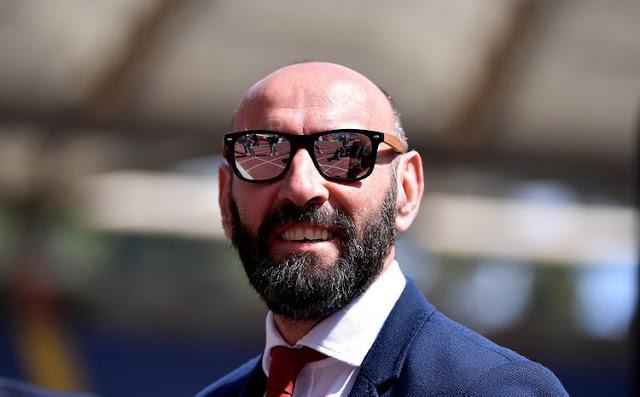 Sebelum resmi, aku masih tetap percaya Rudiger bertahan di Roma karena percaya kinerja Monchi