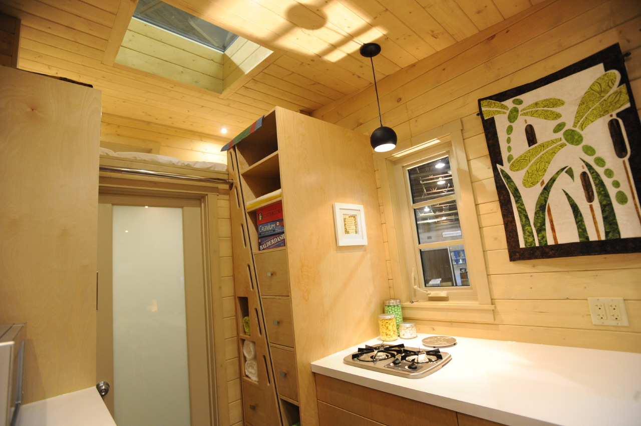 It S Listed At 75 000 Cad 57 278 Usd On Tiny House Listings Canada