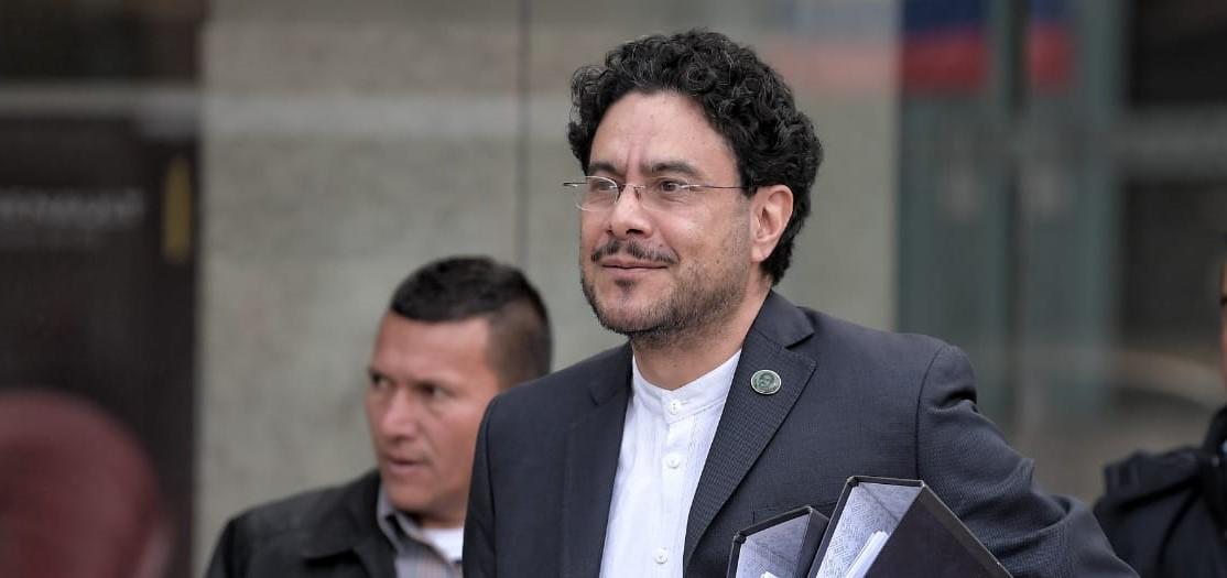 Miembros del Parlamento Alemán manifestaron preocupación por la seguridad de Iván Cepeda