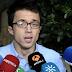Íñigo Errejón entrega su acta de diputado de Podemos en el Congreso