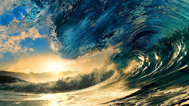 Papel de parede grátis e imagens da natureza para pc, notebook, celular, iphone e table : Imagem de fundo ondas do mar.