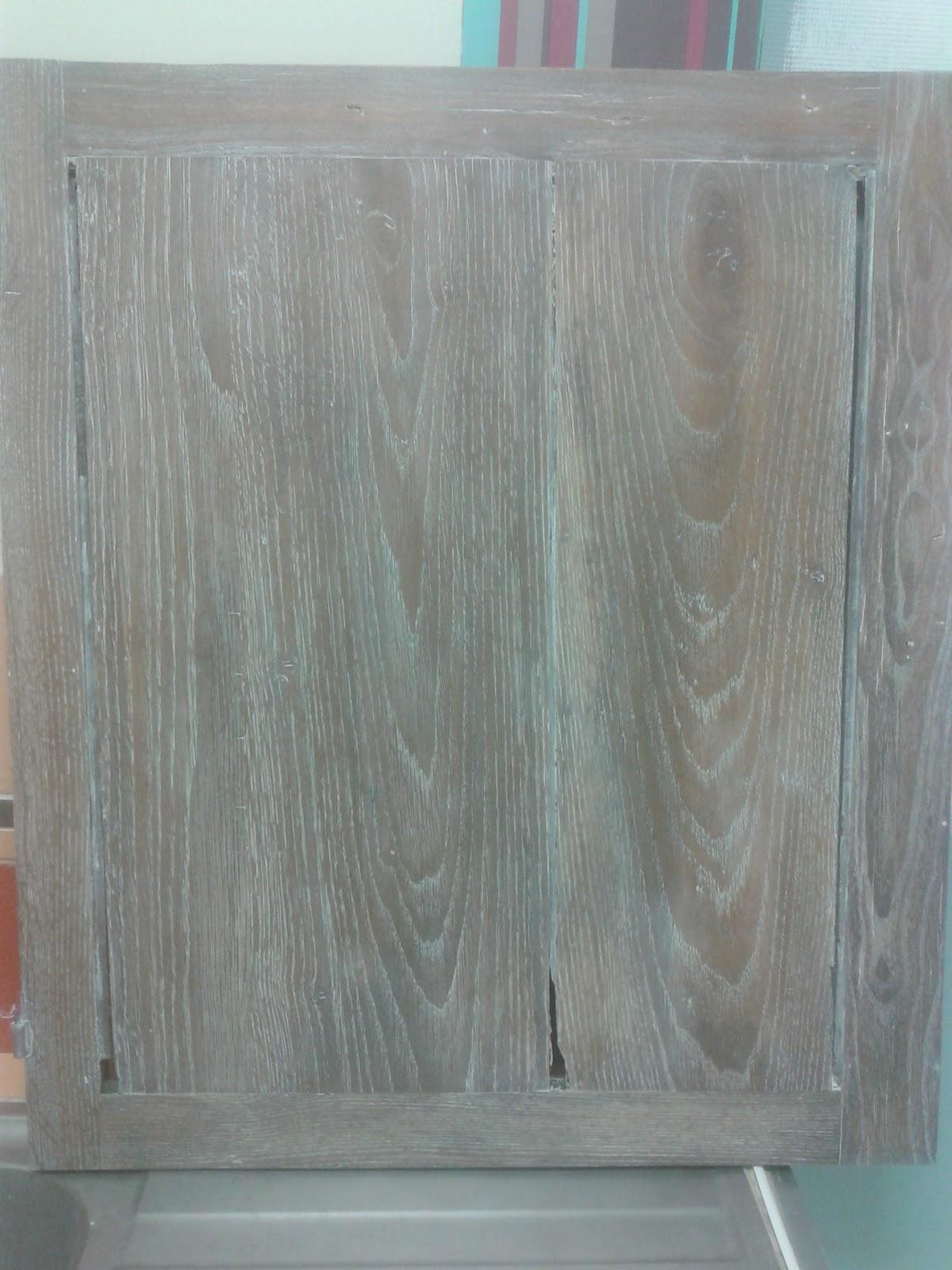 peinture sur meuble relooking meuble finition c rus e cours de. Black Bedroom Furniture Sets. Home Design Ideas