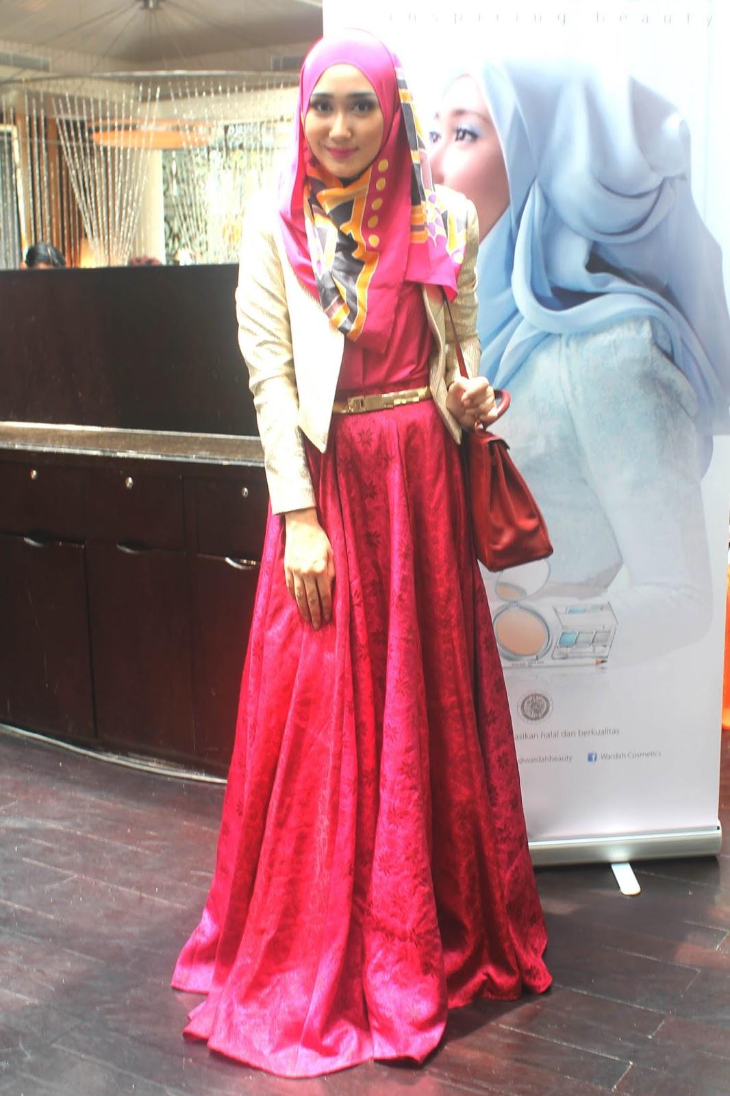 Kontruksi Pola Busana Muslim Model Rok Terbaru