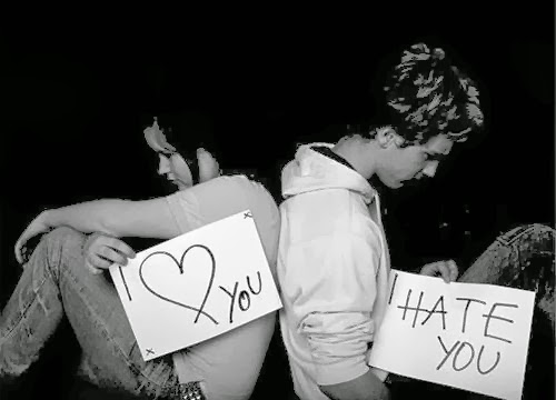 Puisi Cinta : Kau Abaikan Diriku !
