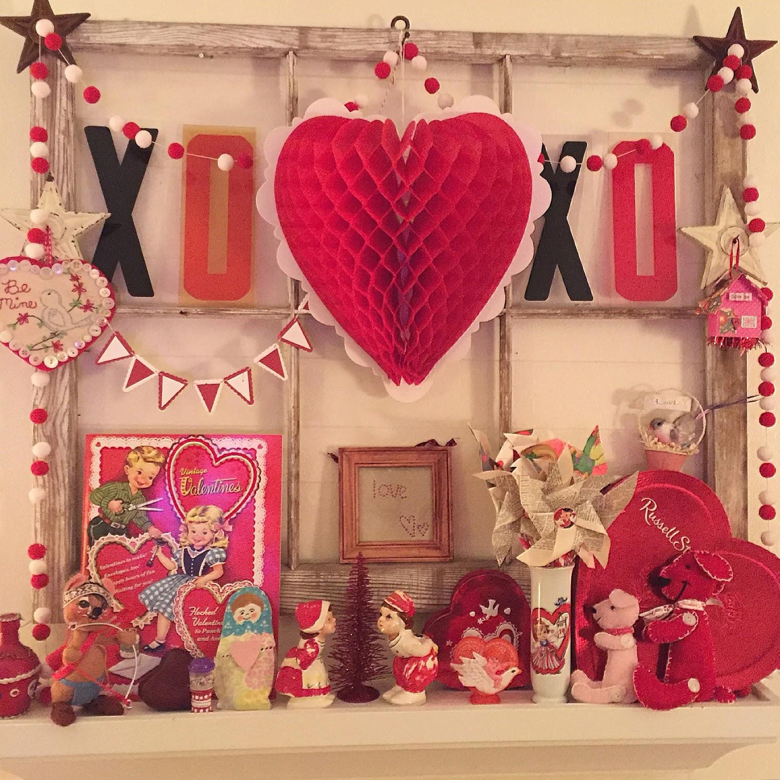 Valentine Window Decorating Ideas