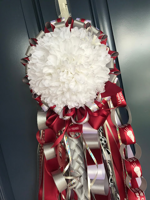 Homecoming Traditions - and questions answered about the Homecoming MUM!