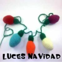 http://patronesamigurumis.blogspot.com/2017/12/patrones-luces-de-navidad.html
