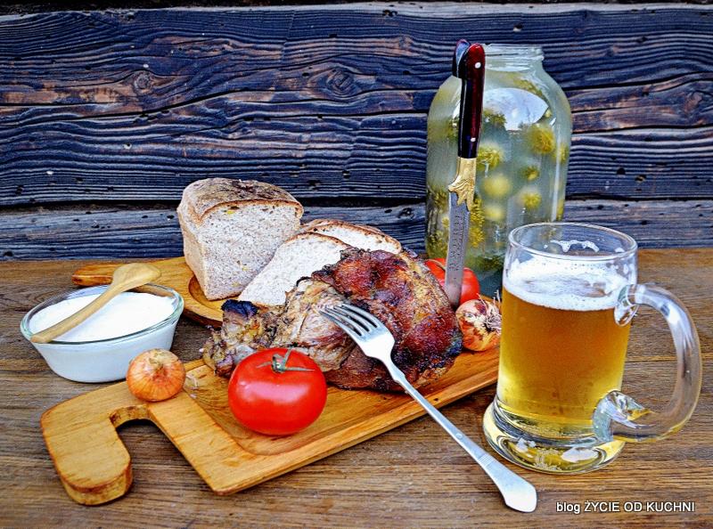 golonka, grill, golonka pieczona, golonka pieczona na grillu, przepisy grillowe, co na grill, meskie zarcie, meska kuchnia, piwo, golonka w piwie,  danie z grilla, malosolne, sloj ogorkow, blog, zycie od kuchni