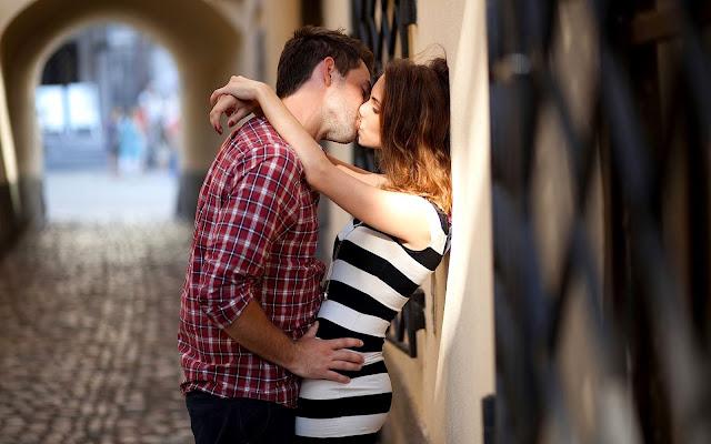 Fakta Tentang Ciuman yang Harus Diketahui