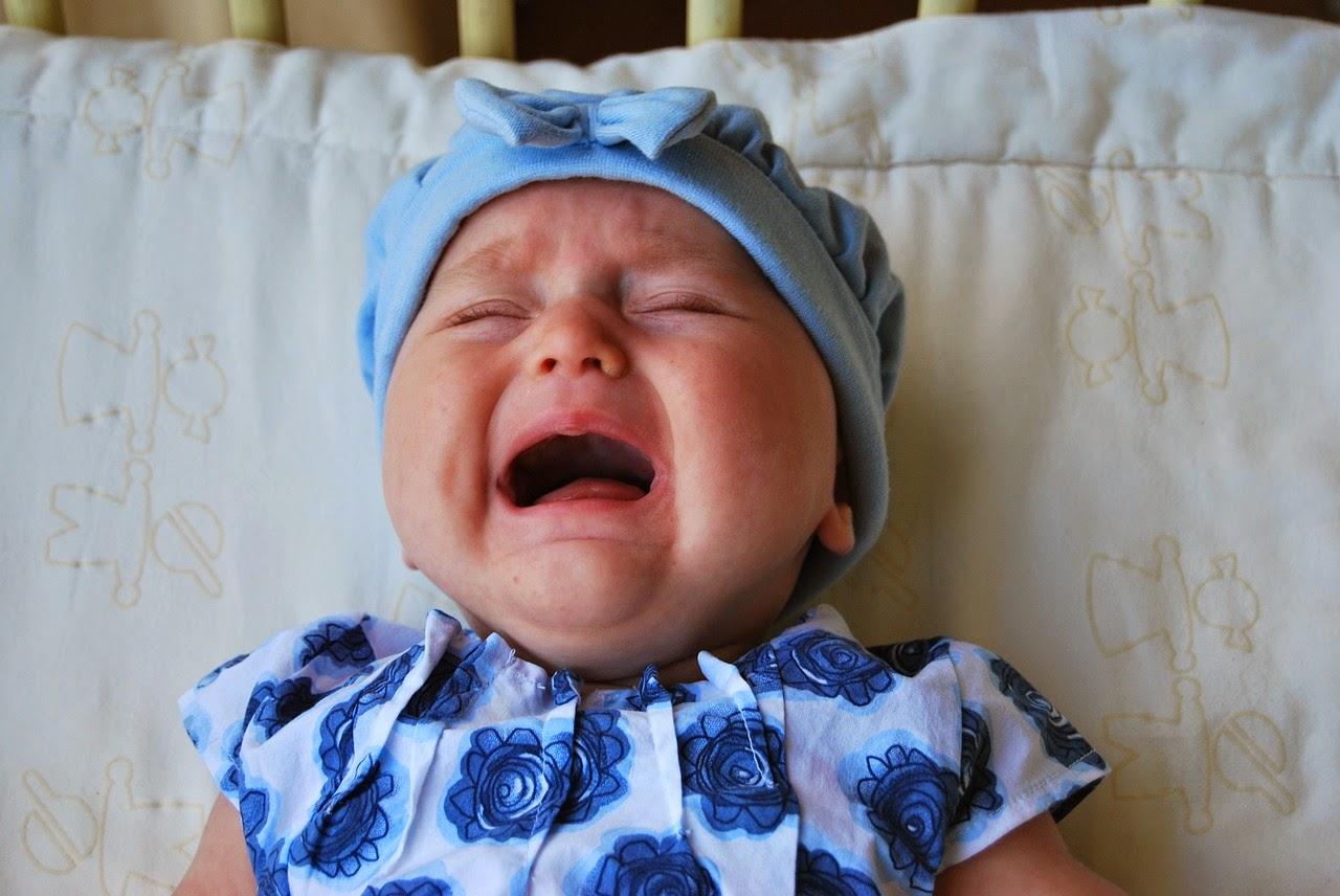 Inilah Alasan Dan Penyebab Mengapa Bayi Menangis TONFEBcom