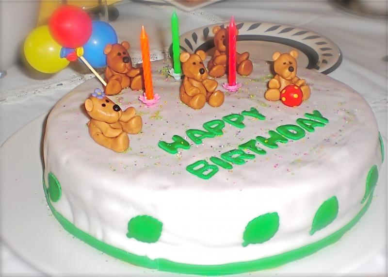 Teddy Bears Birthday Cakes
