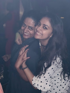 Mana Keerthy Suresh: Keerthy Suresh in White Dress with Cute and Lovely Smile with her Friend