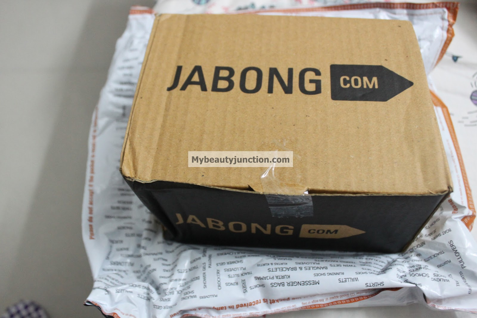 Review of my shopping for makeup and beauty at Jabong.com